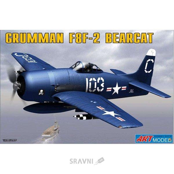 Фото Art Model Grumman F8F-2 BEARCAT USAF carrier based fighter. (ART7201)